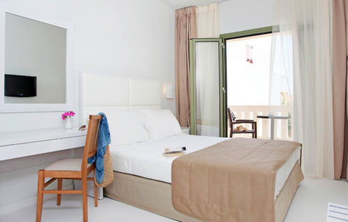 Aphrodite Hotel & Suites – Superior Double with Sea View (4)
